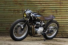 For Motorcycle fans: Honda – Old Empire Motorcycles Click of photo to read more about. Vintage Motorcycles, Custom Motorcycles, Custom Bikes, Cars And Motorcycles, Street Tracker, Cafe Racers, Cb 500, Cafe Bike, Bobber Chopper