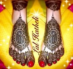 Gorgeous and ornate bridal feet design by Lal Hatheli.