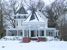 1896 Victorian in Monroe, NC. I just love the Victorian style...would love to go wild in there...:) Sweet..