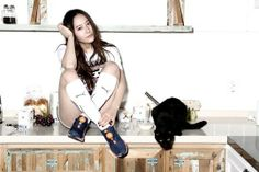f(x)'s Krystal shows how to be comfortable in style for 'Puma'
