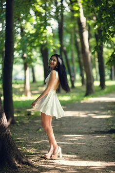 Anjelina by Artem Pavlov on Portrait Photography Poses, Fantasy Photography, Creative Photography, Fashion Photography, Girl Senior Pictures, Girl Photos, Pre Debut Photoshoot, Sweet Girls, Cute Girls