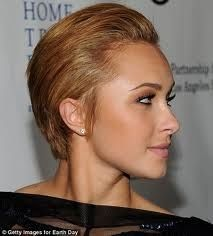 Pretty Short Hairstyles for Women – Hair Slicked Back