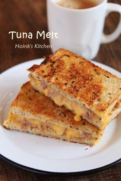 Zakutto and tasty ♡ tuna melt by Hoink – Nicewords Cooking Bread, Cooking Recipes, Tuna Melts, Sandwiches, Tasty, Yummy Food, No Cook Meals, Food Photo, Street Food