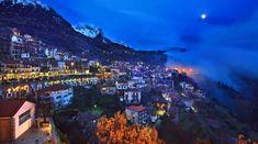 5 Χειμερινοί προορισμοί στην Ελλάδα ιδανικοί για ζευγάρια! | ediva.gr Greece Photography, Night Photography, Beautiful World, Beautiful Places, Greek Islands, Athens, Night Life, Scenery, Around The Worlds