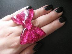 Dark Pink Large Bow Ring,id want it in black or dark purple
