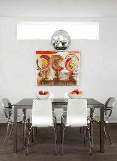 Wie Sieht Das Moderne Esszimmer Aus?   Moderne Esszimmer Möbel  Wandgestaltung Spiegeloberfläche