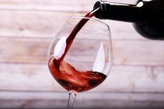 While red wine is often an acquired taste, sweet red wines are a way to introduce the health benefits of red wine to a generation raised on sweeter flavors. Sweet Red Wines, Sweet Wine, Red Wine Benefits, Health Benefits, White Wine Grapes, Red Blend Wine, Fruity Wine, Wine Varietals, Wine Glass