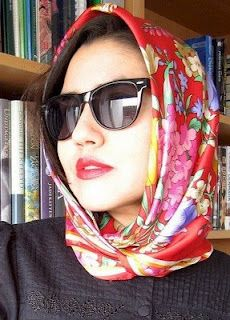 571e68ca57f Wearing a headscarf and sunglasses as most of you know was a great fashion  statement in the and and they ve manged to find their way.