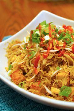 Spicy chicken pad thai recipe