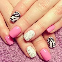 Uñas -  el animal print y los tonos rosa se llevan bien!