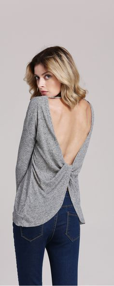 Wrap back &backless ??? You got it ! Just a small ideas to monotone sweater ,it make a big different ! Who said we can't be sexy in fall ?