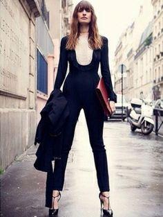 Caroline de Maigret in Parijs - foto: Instagram Elle.nl// zo fake je Paris-chic