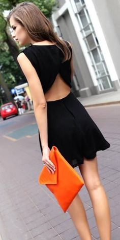 Little black dress + clutch POP.