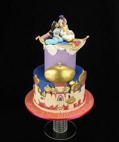 Join Jasmine and Aladdin on a magically edible carpet ride! Aladdin Birthday Party, Aladdin Party, Disney Birthday, Birthday Cake Girls, Disney Theme, Birthday Cakes, Disney Desserts, Disney Cakes, Disney Food