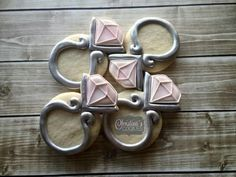 Diamond rings by Christina's Cookies