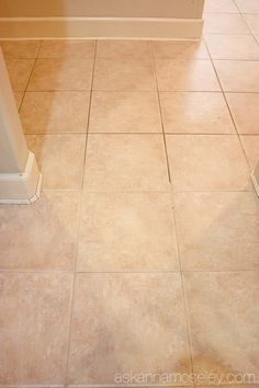 I'm sharing the easiest way to clean grout without chemicals. Whether is dirty, greasy or sticky grout, this tip is guaranteed to have it looking brand new! Floor Grout Cleaner, Cleaning Floor Grout, Floor Tile Grout, Clean Tile Grout, Ceramic Floor Tiles, Linoleum Flooring, Steam Cleaning, Deep Cleaning, Cleaning