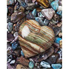 Layers of Love - 5D Diamond Painting | Untitled Artisan