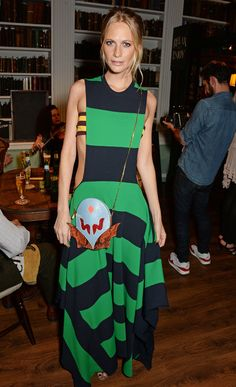 10 Best Dressed: Week of September 22, 2014 – Vogue WHO: Poppy Delevingne  WHAT: Stella McCartney  WHERE: The Green Carpet Challenge, London  WHEN: September 14, 2014 Photo: Getty Images