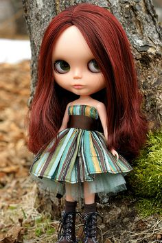 Love this dress and her boots ~ reckon the dress would be relatively easy to make too (just need some netting for the underskirt)