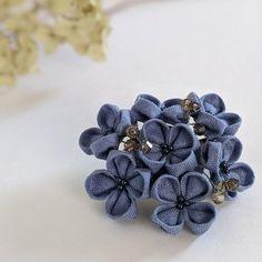 Minne, Crochet Flowers, Hair Accessories, Brooch, Crocheted Flowers, Brooches, Crochet Flower, Hair Accessory