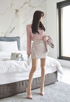 Yu Jin, Only Girl, Asian Fashion, Sequin Skirt, Sequins, Lifestyle, Chic, Womens Fashion, Skirts