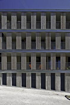 Galería de Edificio de viviendas VPO y aparcamiento de Llobregat / BBarquitectes - 5