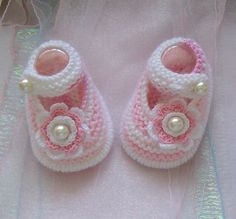 Hand knitted designer baby booties BOOTIES Available to order at… Knit Baby Shoes, Booties Crochet, Baby Boots, Crochet Baby Booties, Crotchet Patterns, Baby Patterns, Knitting Designs, Knitting Patterns, Baby Kind