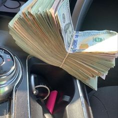 Mo Money, How To Get Money, Make Money Online, Money Magic, Future Wallpaper, Money On My Mind, Money Pictures, Money Stacks, Online Work From Home