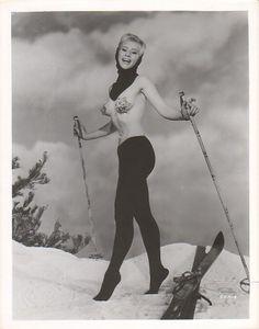 #лыжи #зима #винтаж #ретро #эротика #vintage #retro #erotica #классика #ladies