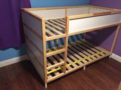 Bilderesultat for ikea kura hack Cama Ikea Kura, Ikea Bunk Bed Hack, Ikea Kura Hack, Ikea Hack Kids, Kura Bed, Ikea Hacks, Kid Beds, Bunk Beds, Bunk Bed Designs