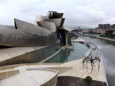 Музей Гуггенхайма в Бильбао в Испании 2