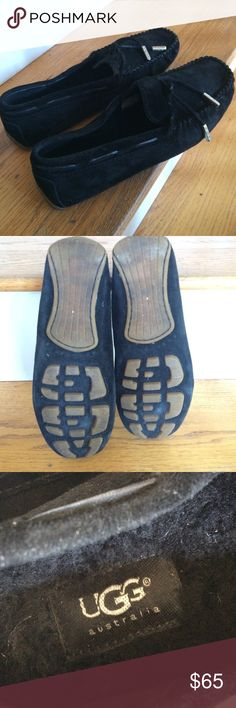 Ugg moccasins Adorable & cozy Ugg moccasins, barely worn & in very good condition UGG Shoes Moccasins