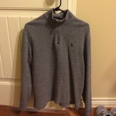 Polo Ralph Lauren Sweater 100% cotton. Half zip pocket with leather zipper pull. In great condition! Ralph Lauren Sweaters