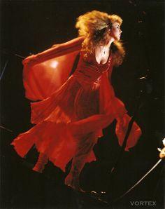 Love this dress that Stevie Nicks is wearing