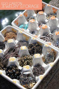DIY Spray Paint Kitchen Storage Materials for Jewelry Organization Cardboard Box Diy, Cardboard Organizer, Galaxy Slime, Homemade Slime, Diy Slime, Kitchen Paint, Diy Kitchen, Kitchen Storage, Egg Box Craft