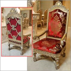 Etonnant Pair Of Hand Carved Throne Chairs By Phyllis Morris.