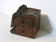 Treasure Box With Drawers Made Of Redwood With Secret Drawer Secret Compartment Furniture, Secret Box, Bottle Box, Hiding Places, Treasure Boxes, Color Lines, Woodworking Furniture, I Card