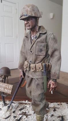 The Battle for Bloody Nose Ridge- Peleliu Us Marines Uniform, Military Action Figures, Military Modelling, Toy Soldiers, Figure Painting, Scale Models, Ww2, Rc Vehicles, Model Kits