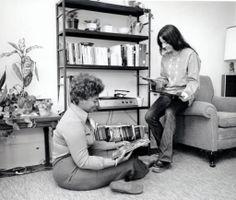 Women students :: University Archives