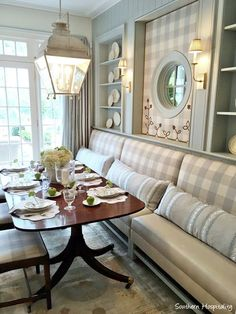 Love this built-in banquet and shelving! Banquette Dining, Dining Nook, Decorating Bookshelves, Atlanta Homes, French Country House, Banquettes, Brown Furniture, Mahogany Furniture, Ballard Designs