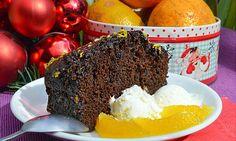 Имбирный кекс   Готовится предельно просто, отняв у вас 10 минут времени. Кекс получился выше всяких похвал, очень пышный, невероятно пряный, с цитрусовой глазурью.