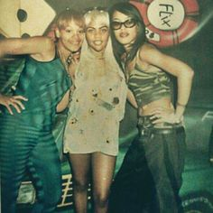 """Lovely ladies of music Aaliyah Haughton, Lil Kim and Lisa """"Left Eye"""". Strange that only one of them is left. 90s Hip Hop, Hip Hop And R&b, Hip Hop Rap, Hip Hop Artists, Music Artists, Rip Aaliyah, Aaliyah Songs, Aaliyah Outfits, Aaliyah Style"""