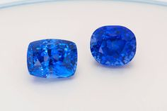 Two very fine unheated Sri Lankan (Ceylon) cornflower blue sapphires. The one on the left is 5cts and the the right is 4.24cts whose color is so remarkably similar to Kashmir origin that some gemological labs have certified it as Kashmir origin blue sapphire.