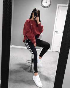 65 Most Popular Fall Outfits That You Need to Copy Nike Fashion, Teen Fashion Outfits, Look Fashion, Korean Fashion, Sporty Fashion, Fitness Fashion, Fashion Trends, Chill Outfits, Swag Outfits