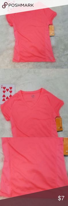 """Champion womens high performance xs tee shirt sunset  fitted  mesh  v neck  nwt Armpit to armpit - 16"""" Length - 24"""" Smoke-free home Item #LL13-0318 Champion Tops Tees - Short Sleeve"""