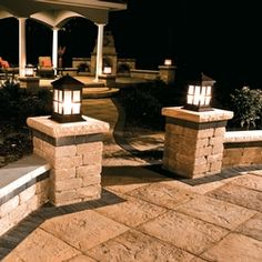 *LIGHTS ON PILLARS*Yorkstone Patio With Brussels Dimensional And Series 3000