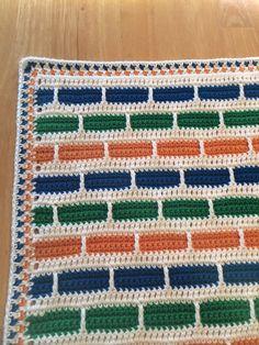 Stripe Blanket By Bernat Design Studio - Free Crochet Pattern - (ravelry)