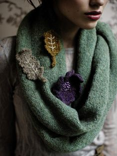 Blanket Snood and Leaf brooches, pattern in Rowan Winter Warmers, http://www.englishyarns.co.uk/rowan_winter_warmers.html