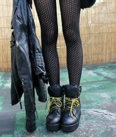 Doc Martens Oxfords, Doctor Who, Oxford Shoes, Rock, Fashion, Moda, Fashion Styles, Doctor Who Baby, Skirt