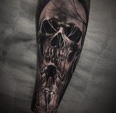 Look of skull, no swing